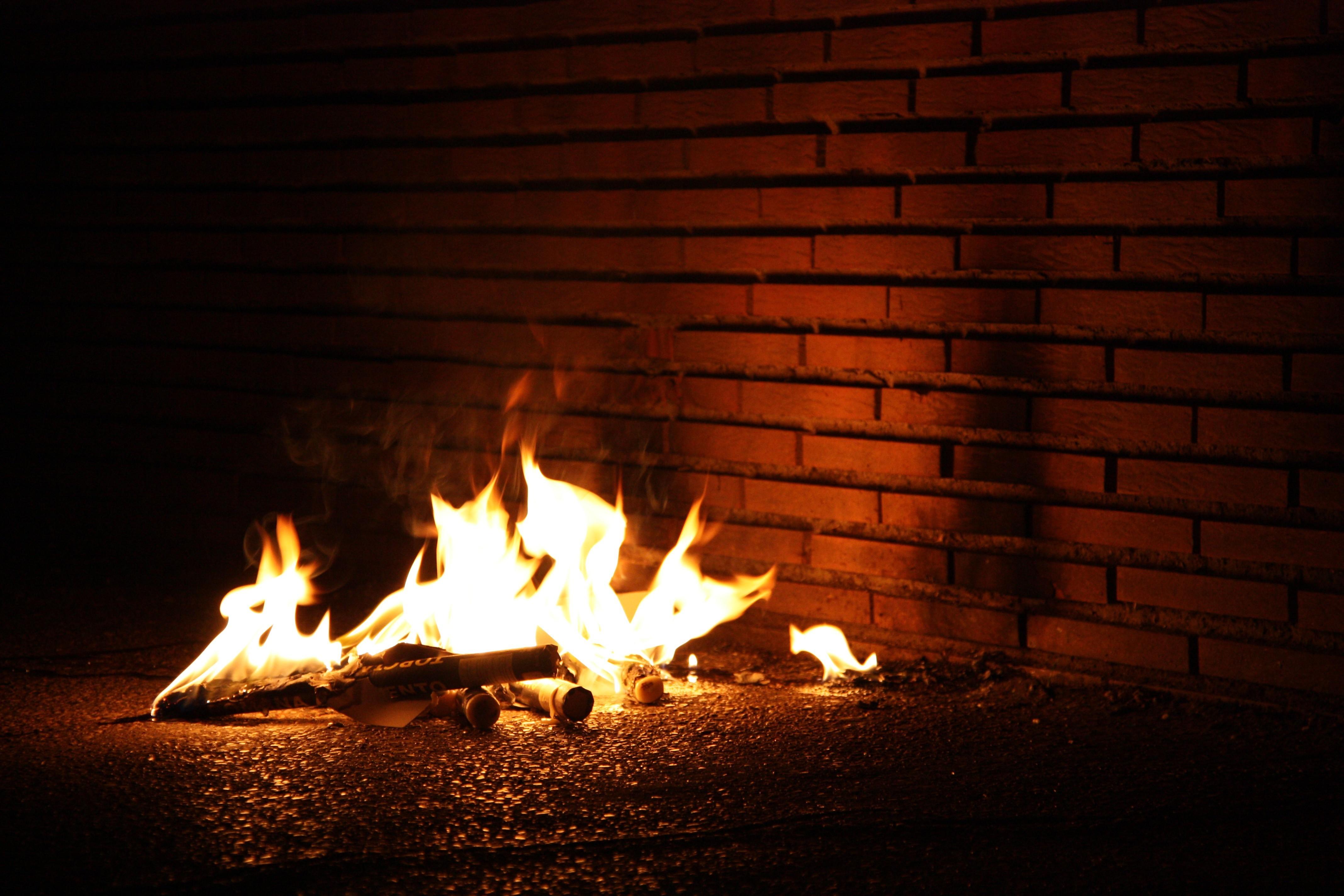 костер огонь пламя бесплатно