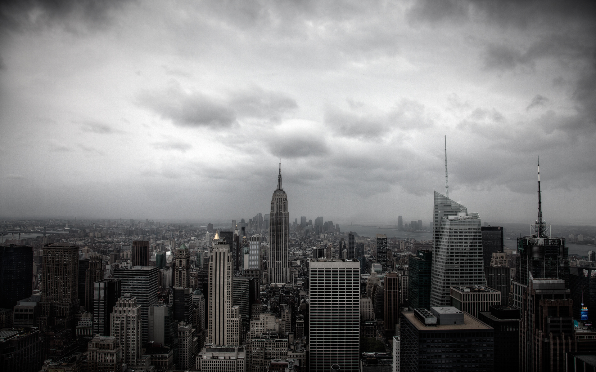 только город в сером цвете картинки пока пользуюсь