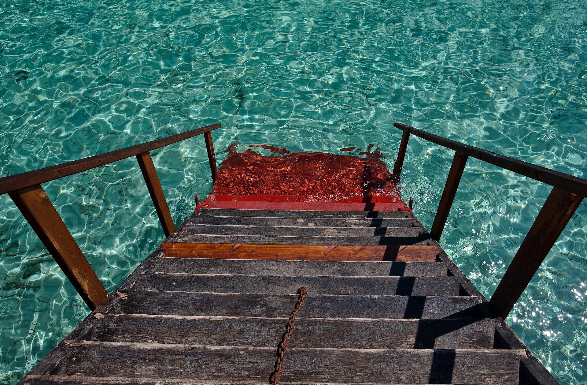 демонстрирует картинки лестницы к морю сутки под