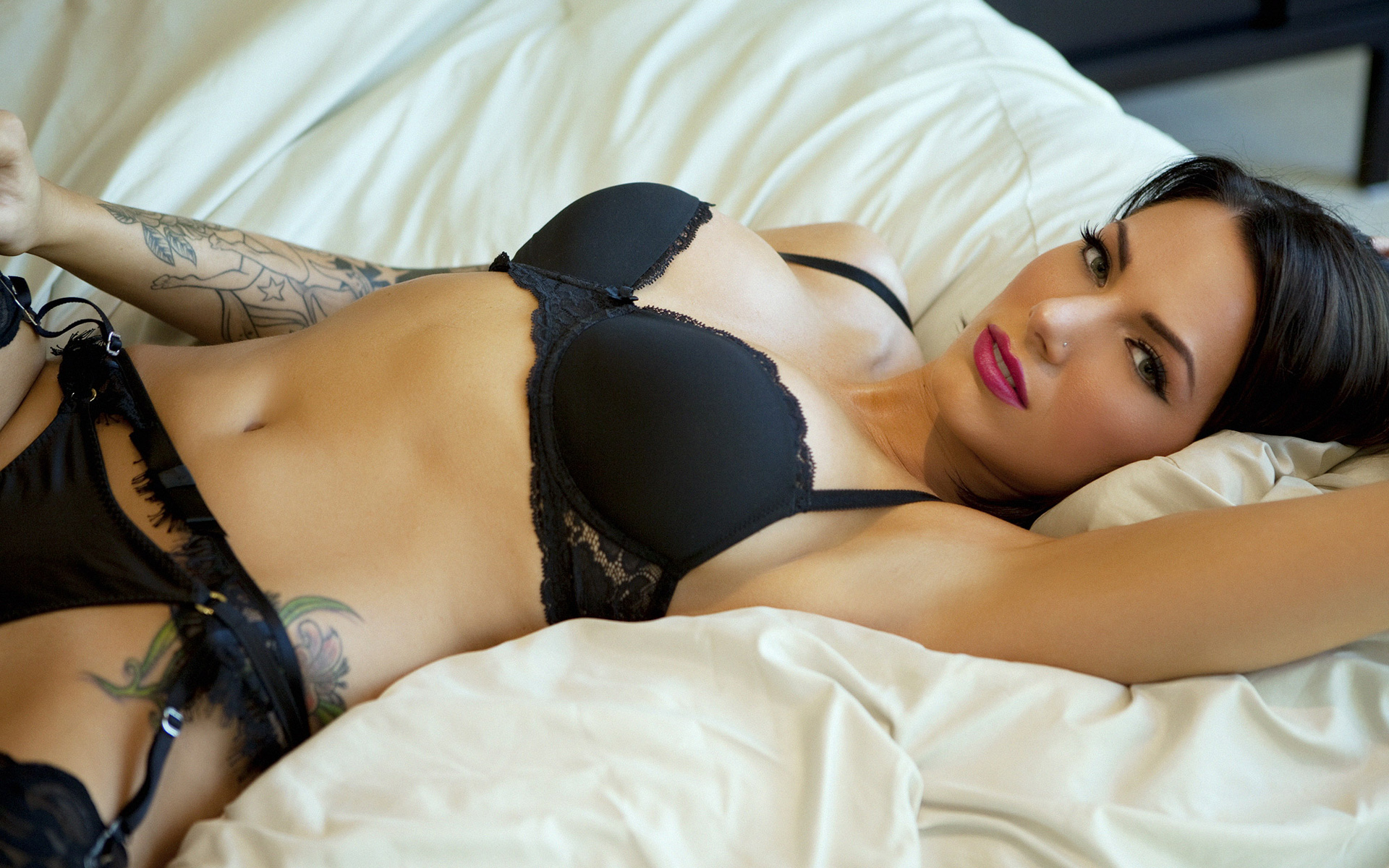 Erotic photo site