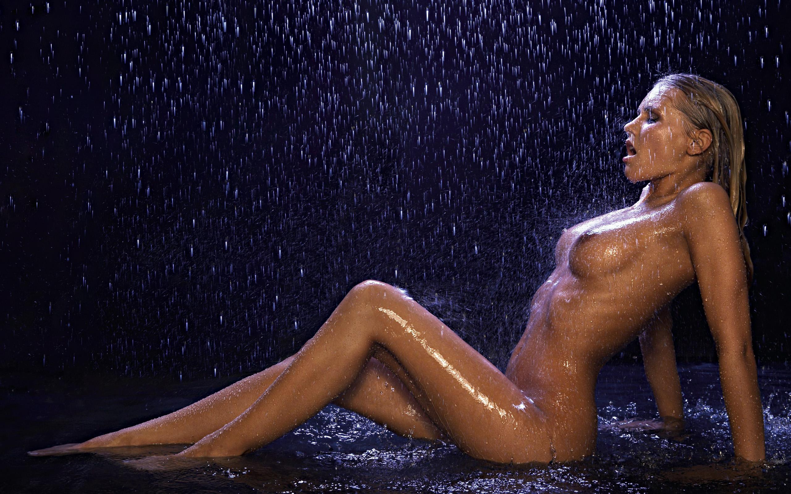 этого очень красивые голые телки под дождем раз убеждаюсь