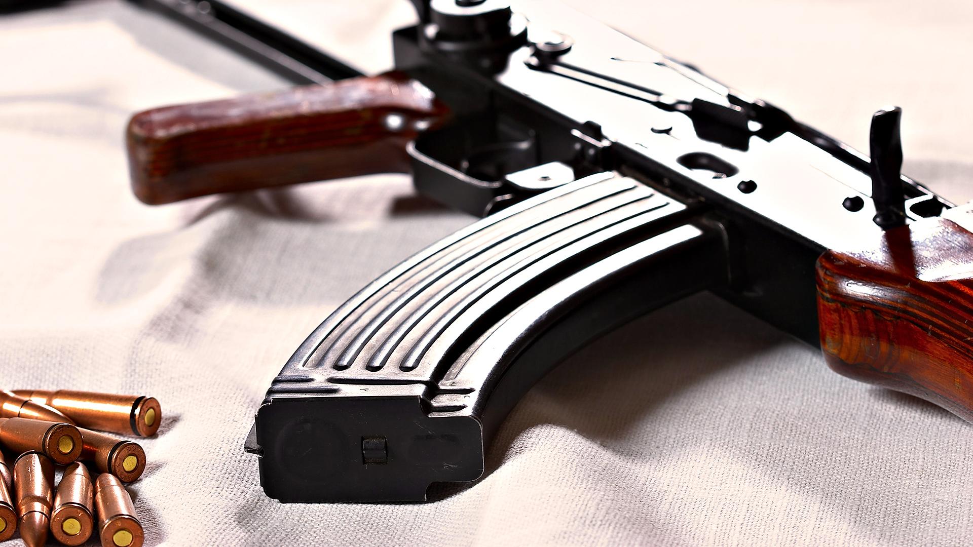 Обои на рабочий стол тема оружие
