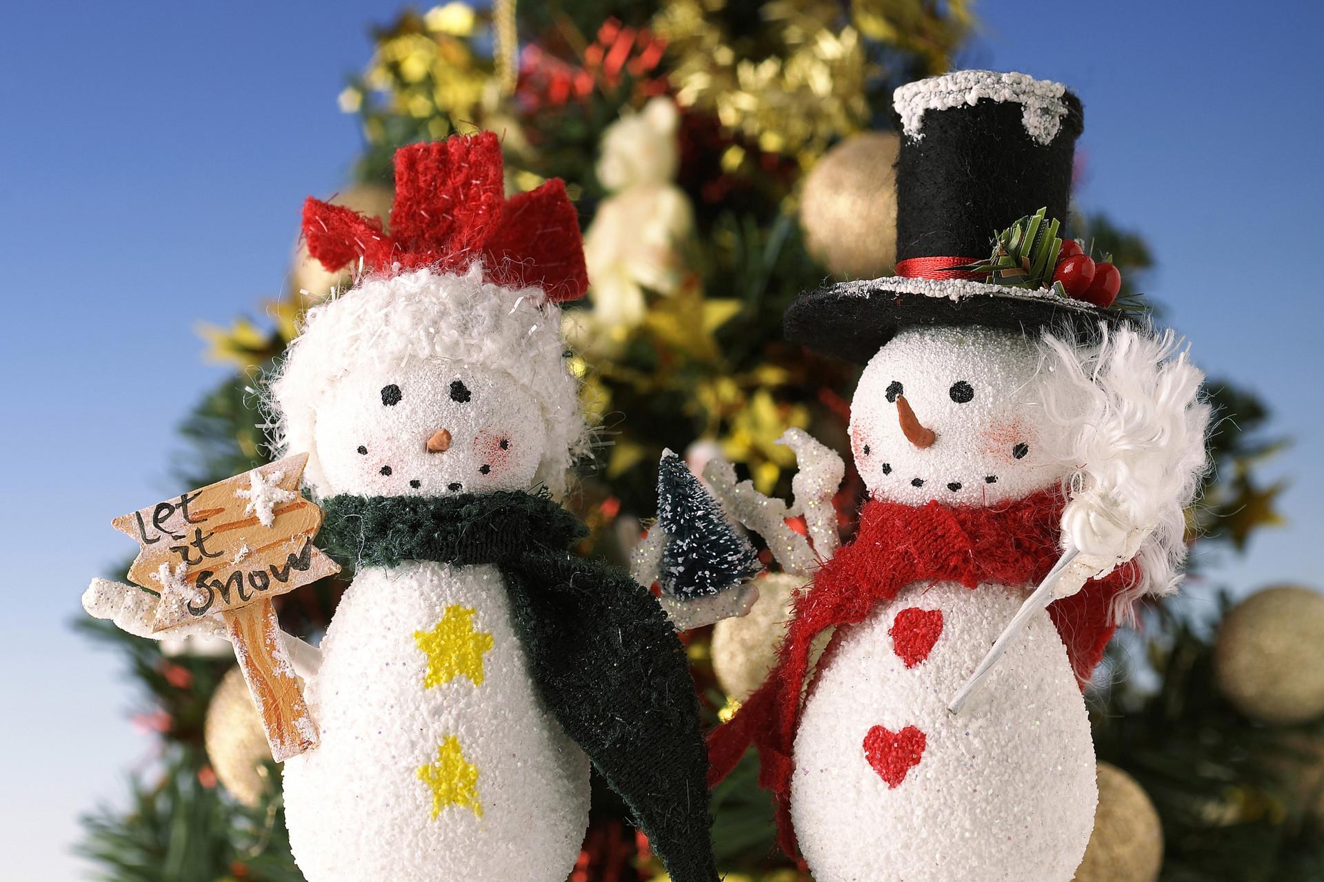 картинки на рабочий снеговик расположен