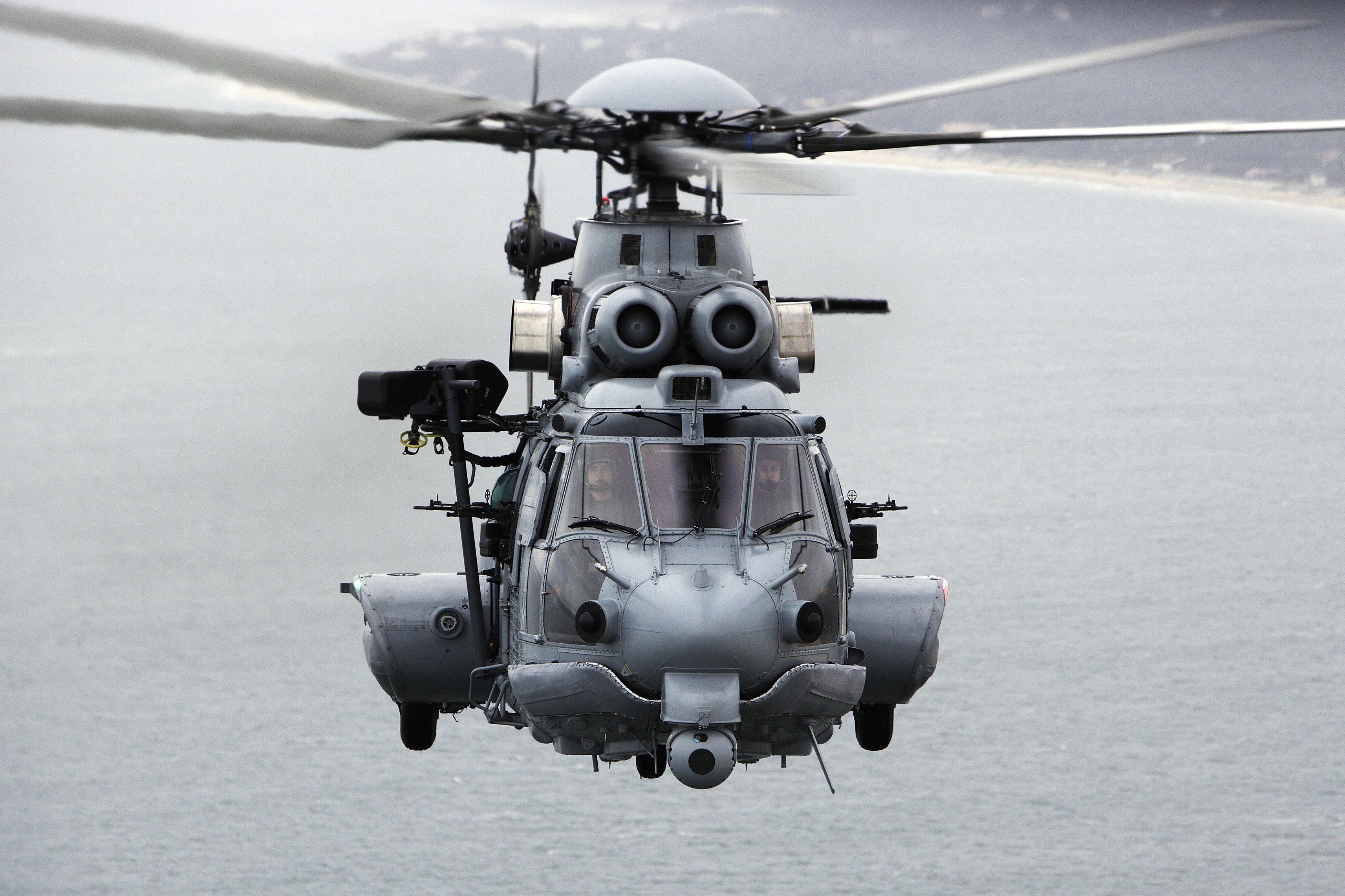 Картинка про вертолетчиков