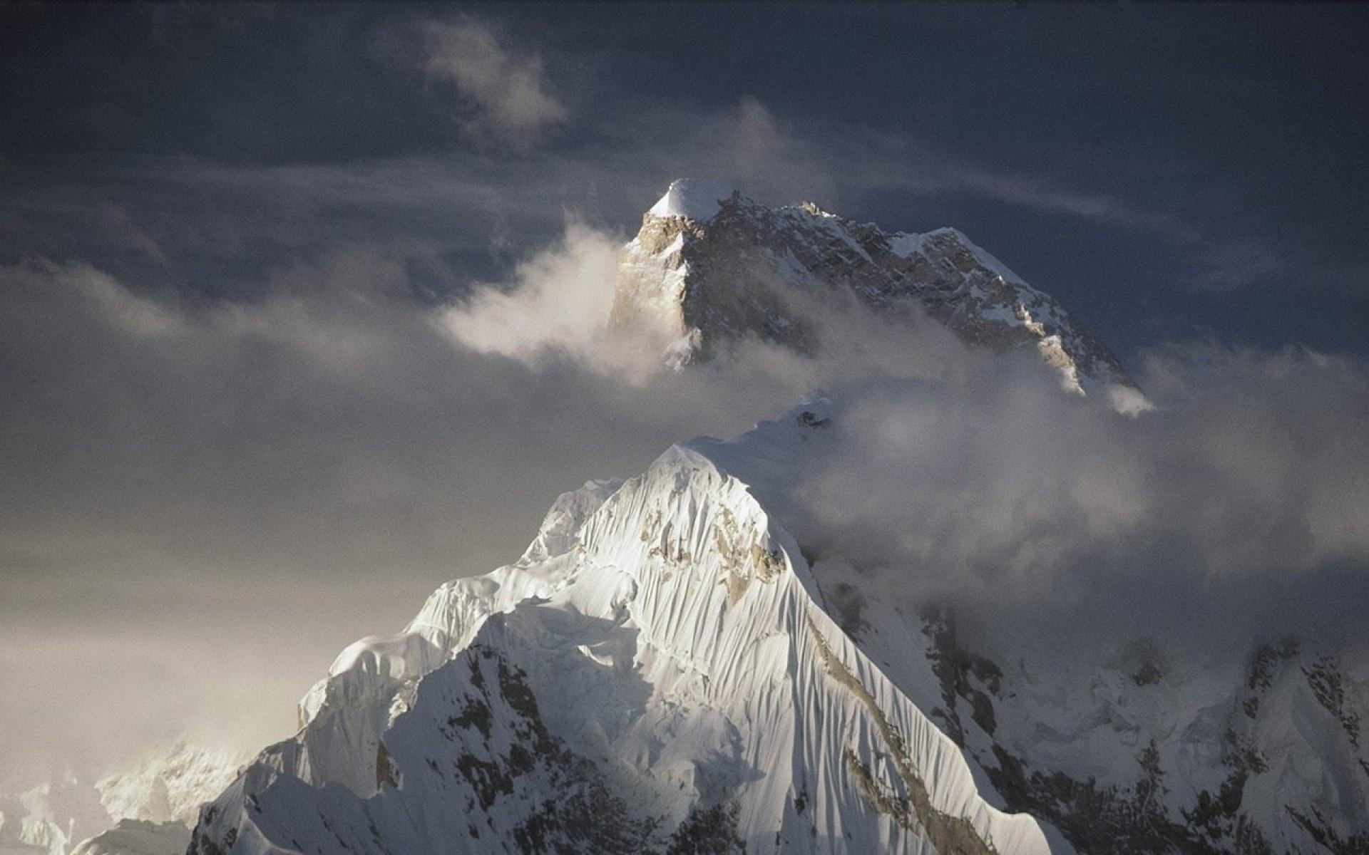 хороших книгах фотографии горных вершин кризисом, кризисом