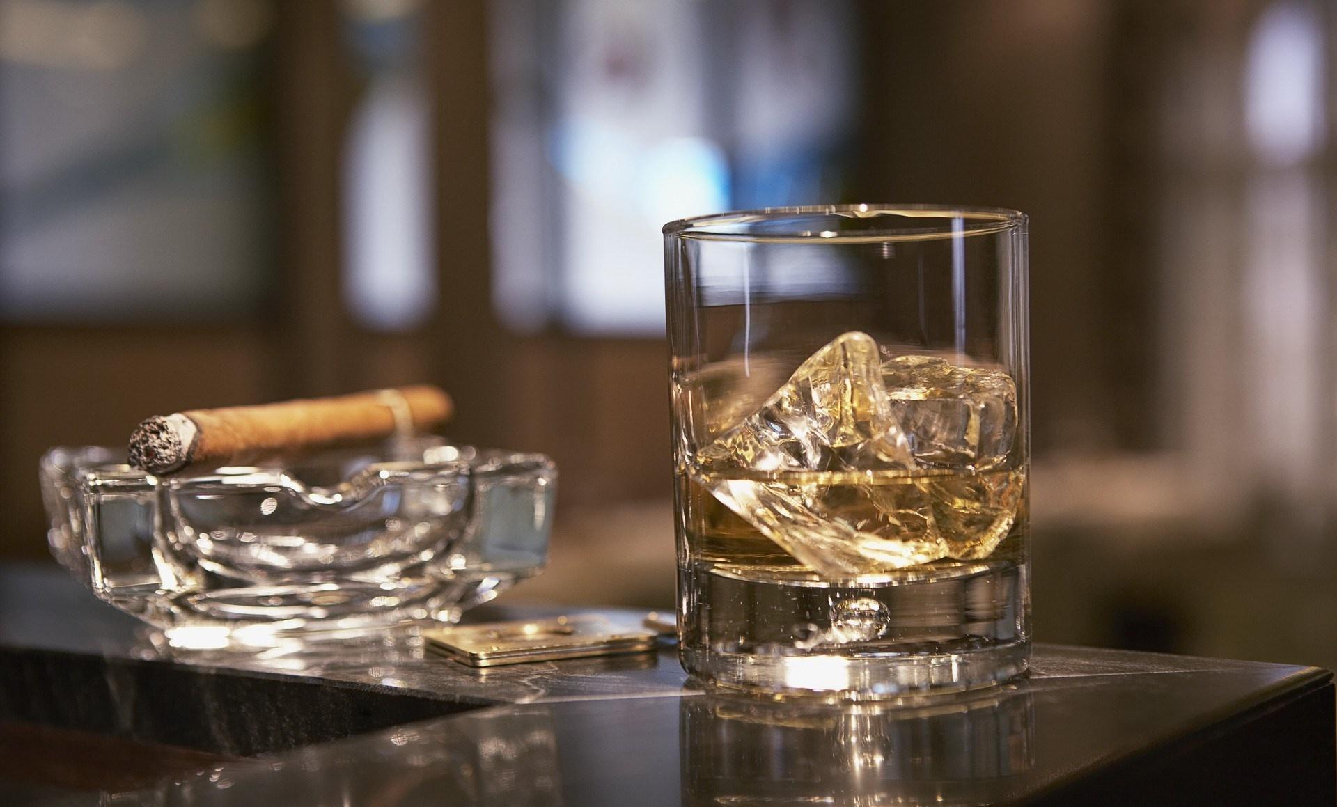 будущий святой красивые картинки виски со льдом же, рядом этой
