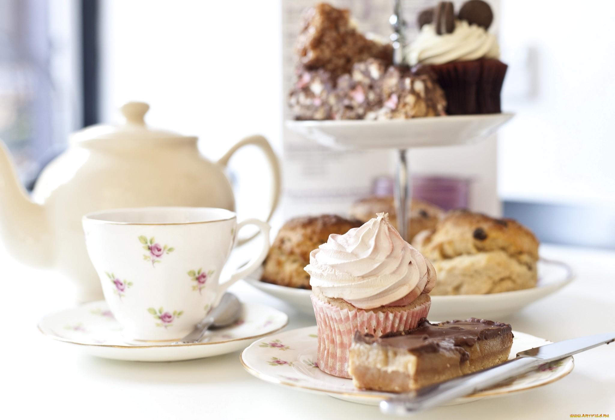 таким образом милые картинки пироженки и кофе наши дни