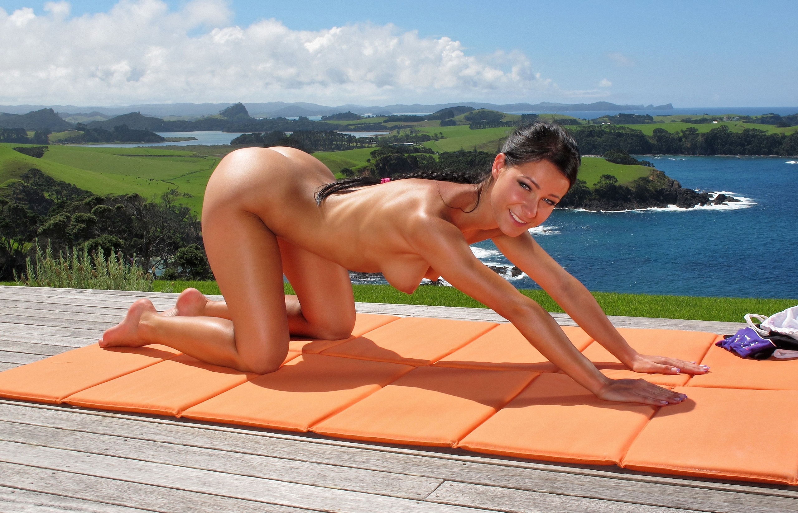 naked-girls-in-new-zealand