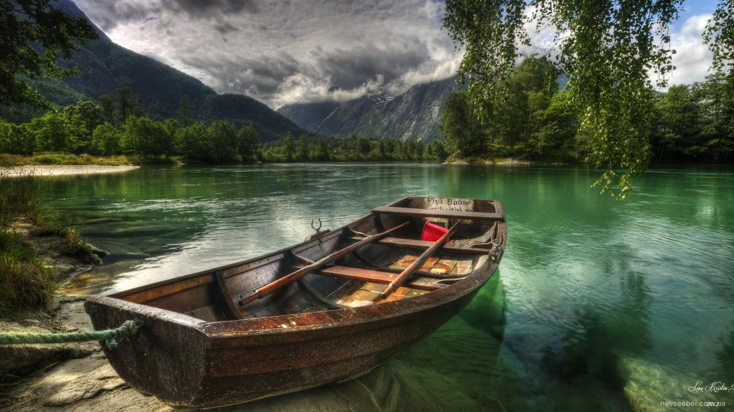 картинки на рабочий стол лодка на воде такая