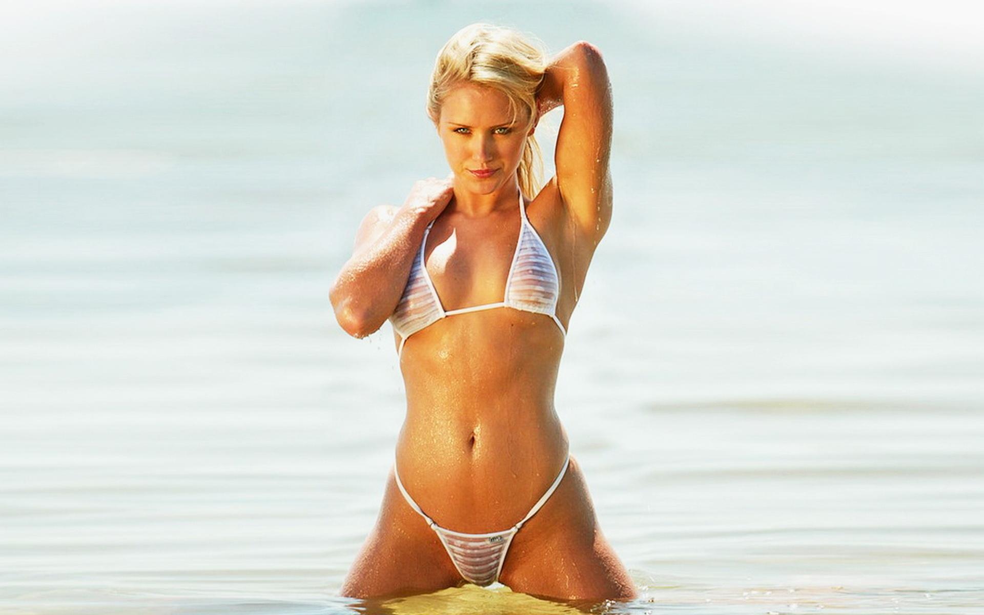 Мини бикини прозрачное на пляже порно — photo 5