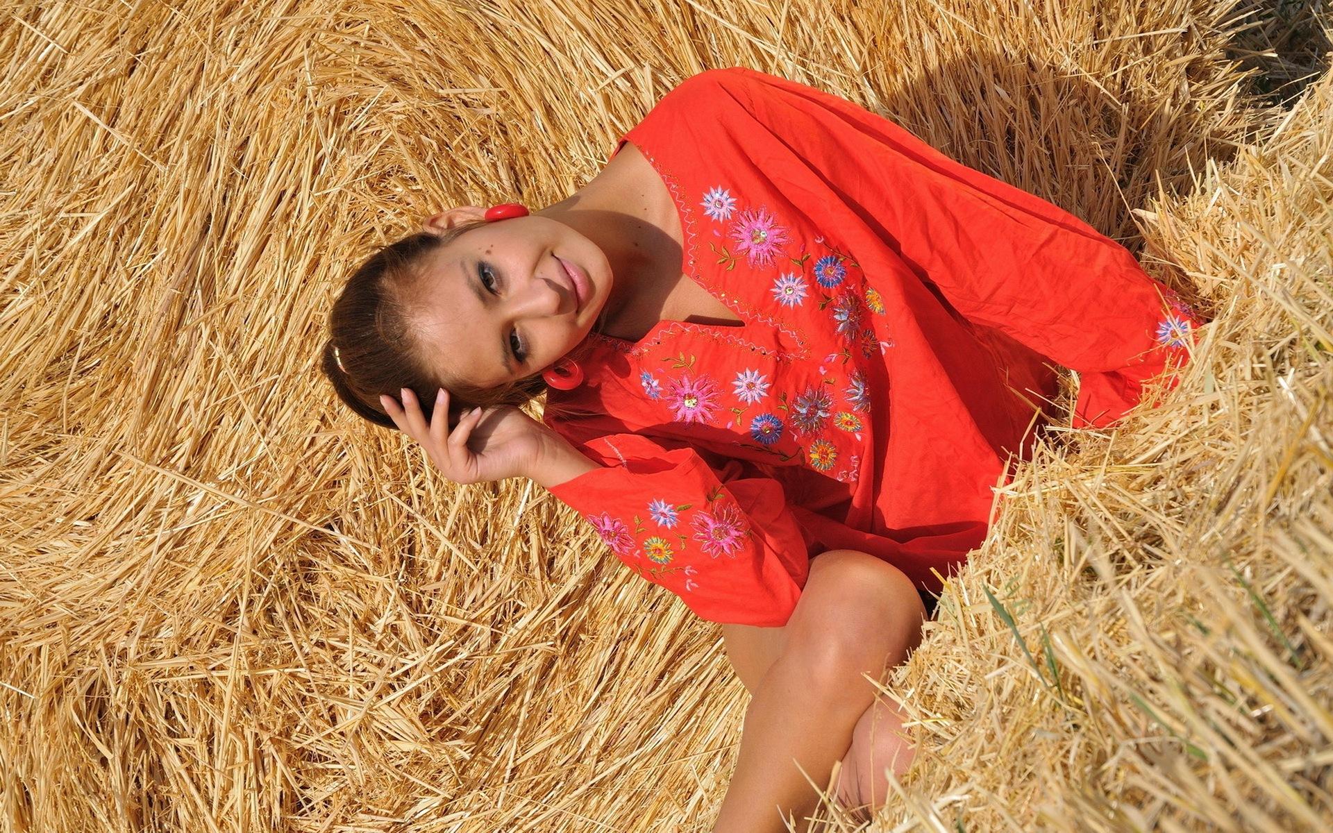 Фото деревенских красоток, самые красивые мулатки девушки фото