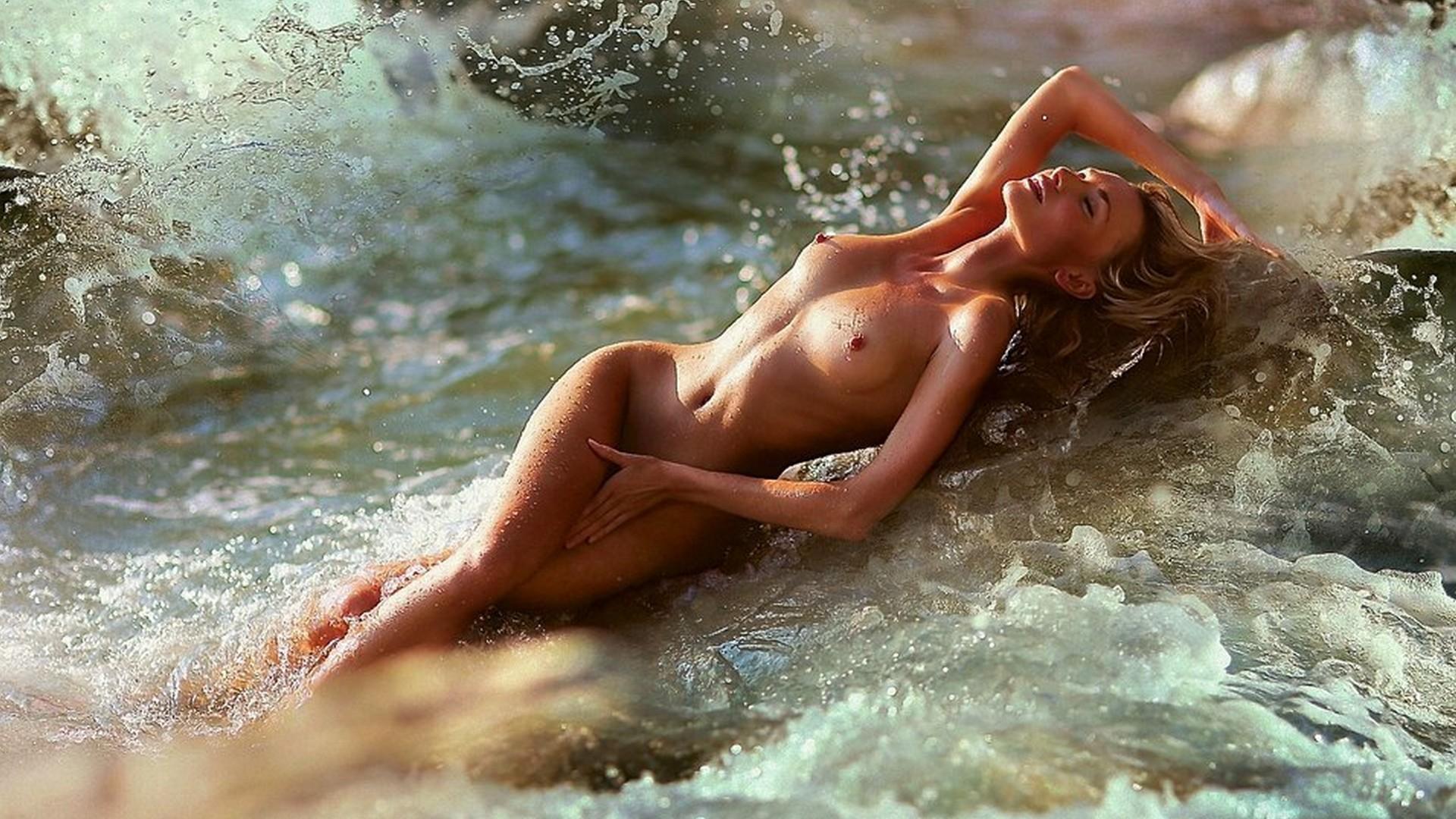 Фотосессия голеньких девочек, Фото голых девушек - эротика бесплатно, порно фото 15 фотография