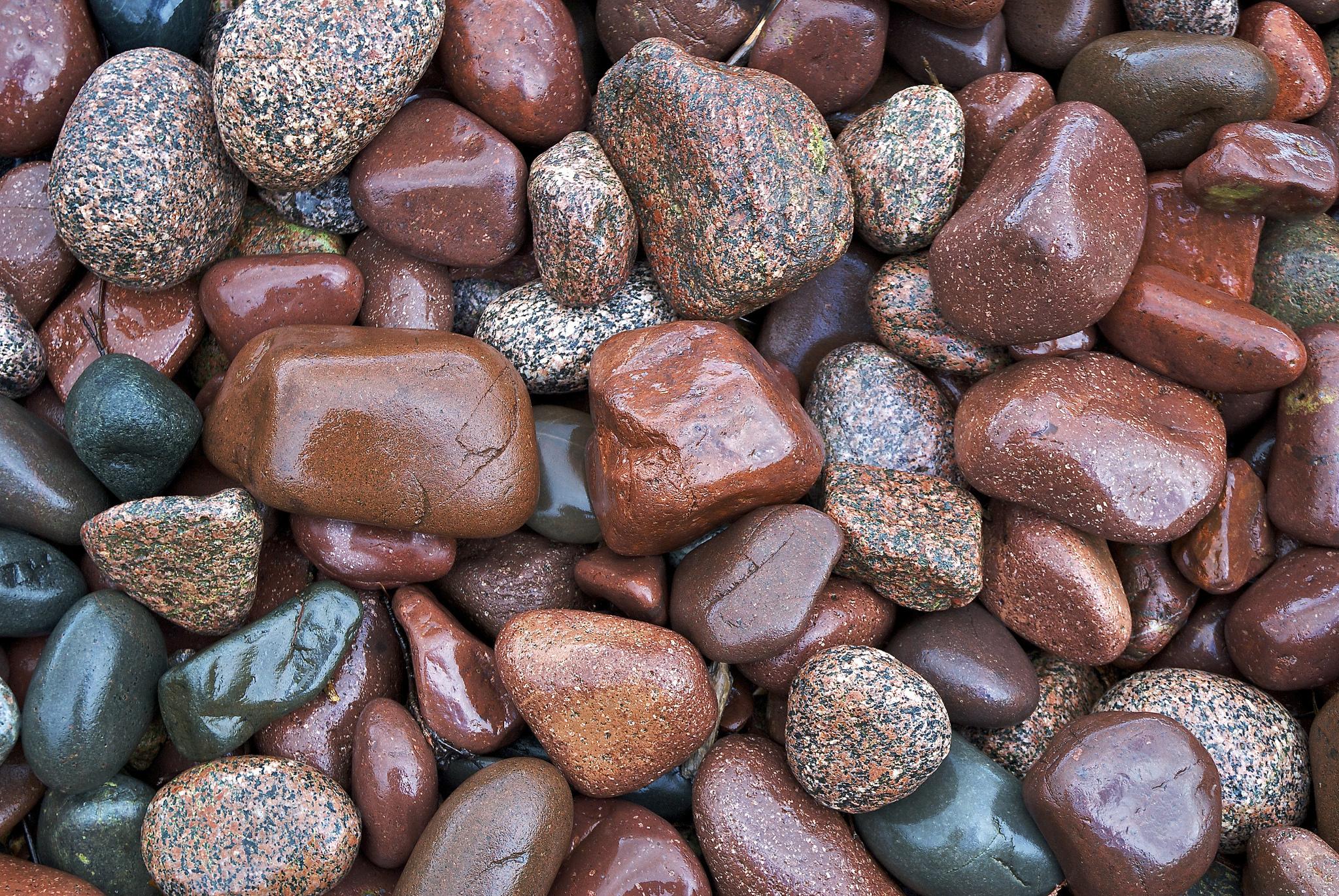 Картинки из разноцветных камней
