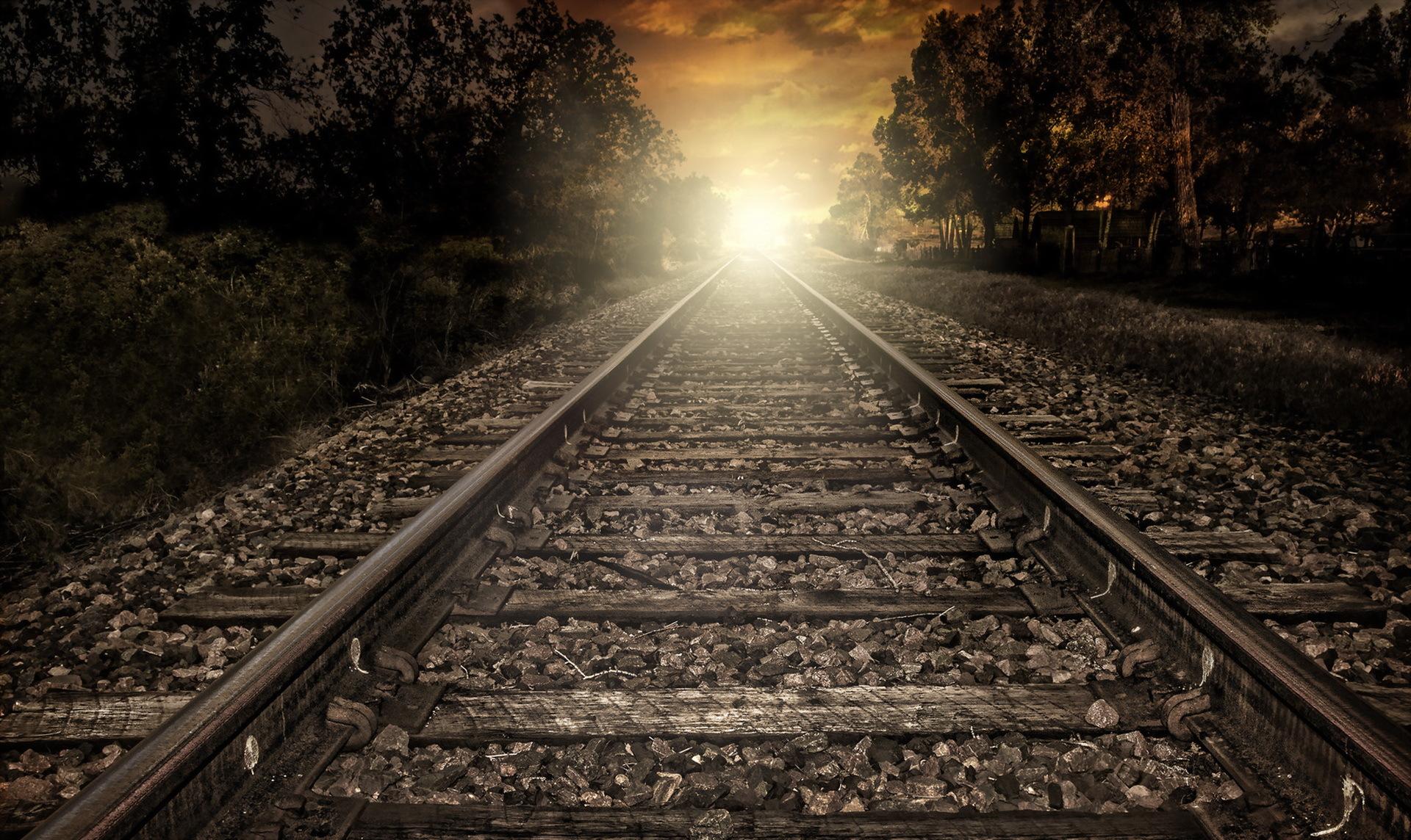 рельсы железная дорога деревья туннель  № 3118396  скачать