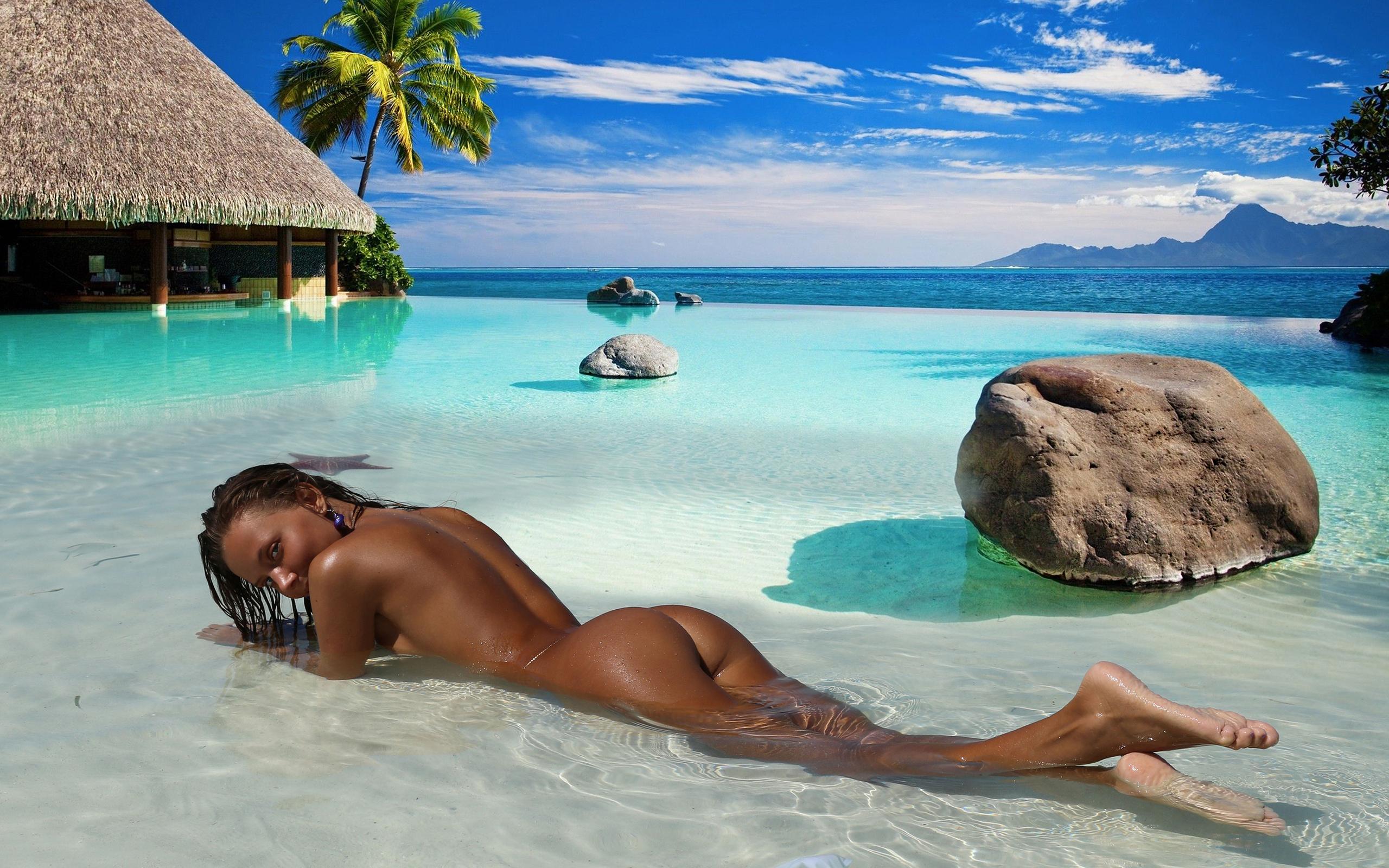 Sex on a bahamian beach