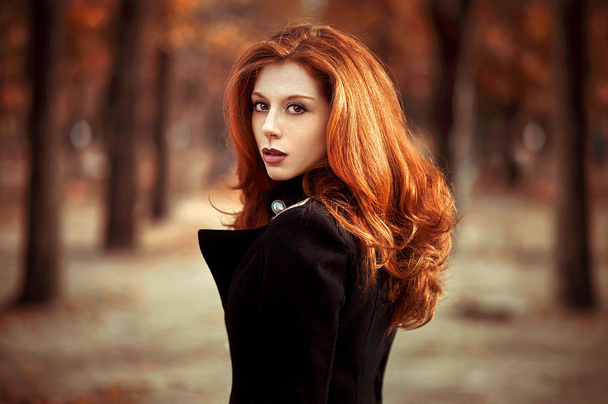 Рыженькая девушка картинка