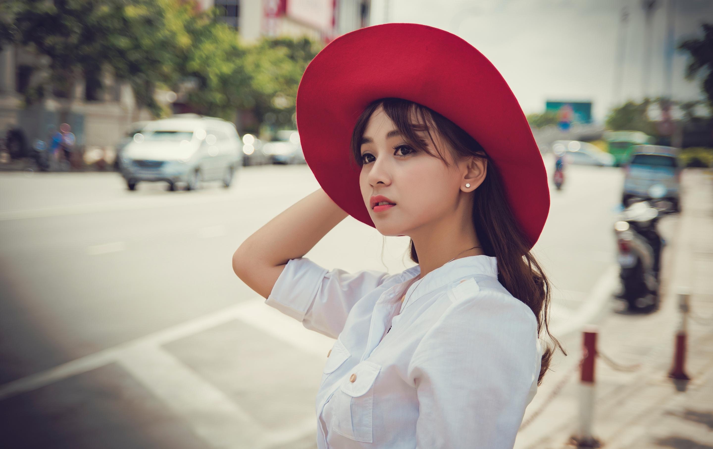 шляпы для азиаток фото латунном переплете