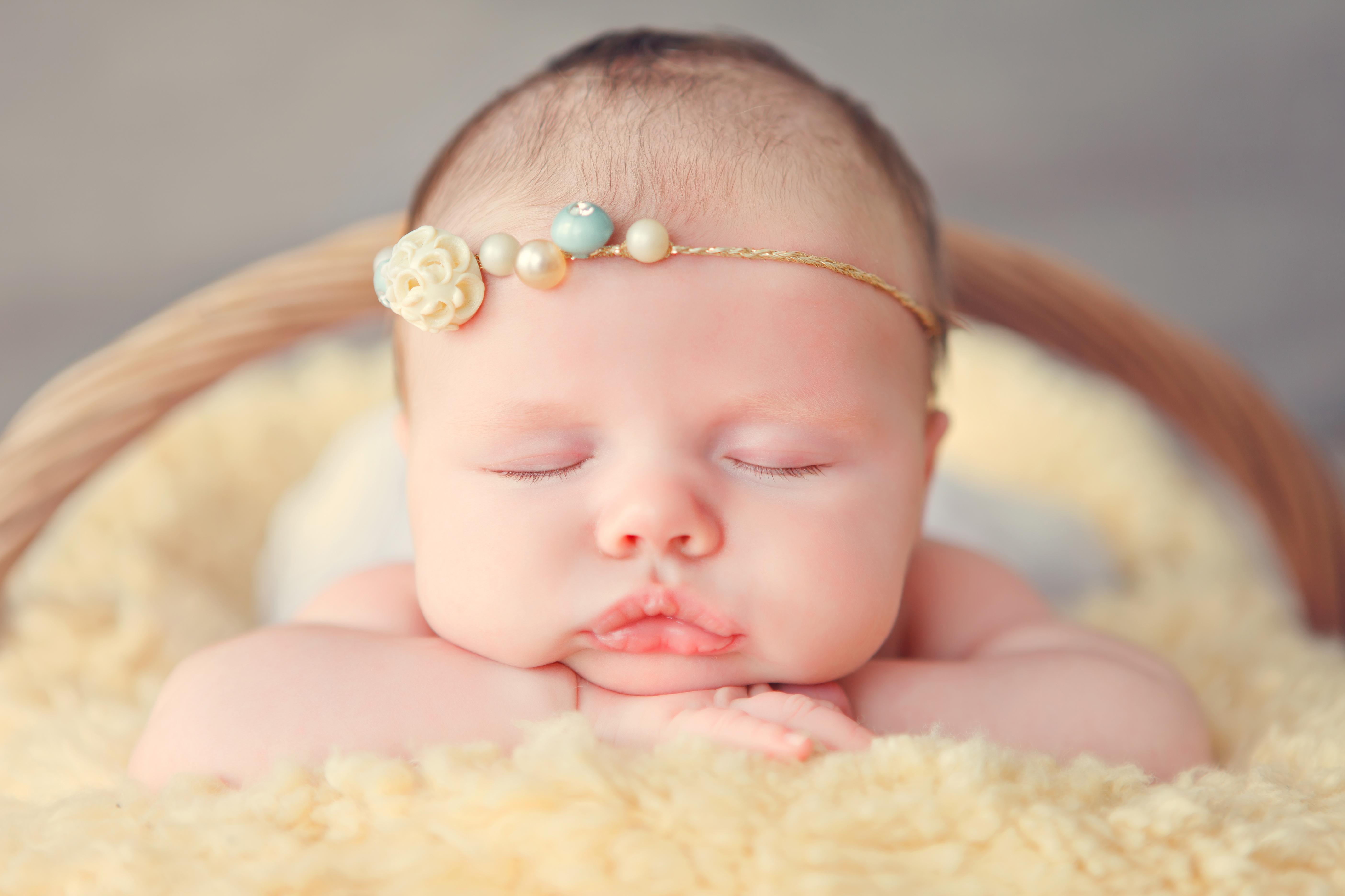 Детки новорожденные картинки