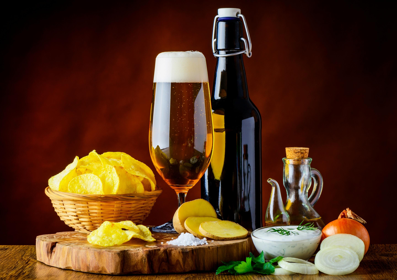 Пиво и еда картинка