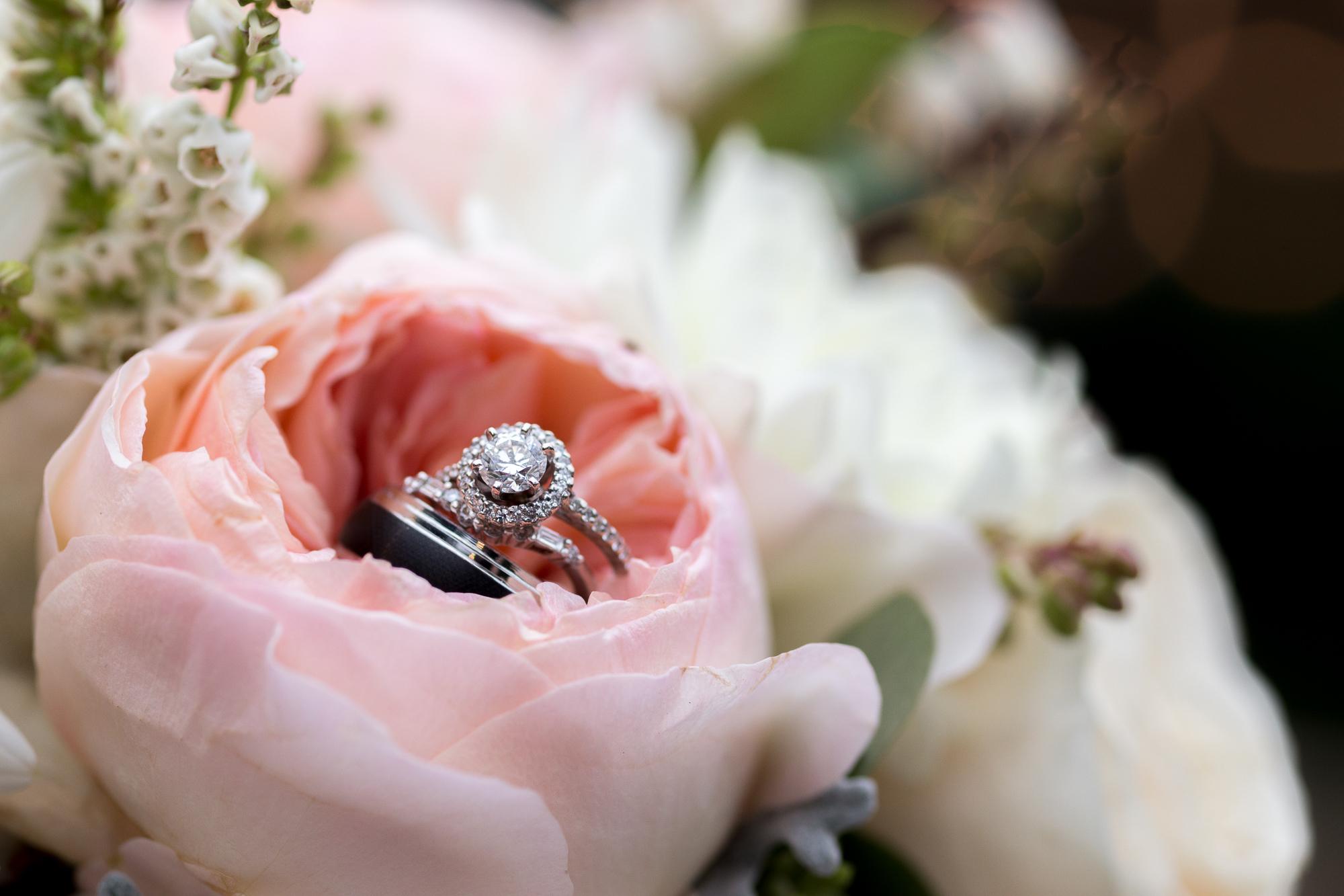Красивый букет и кольцо картинки