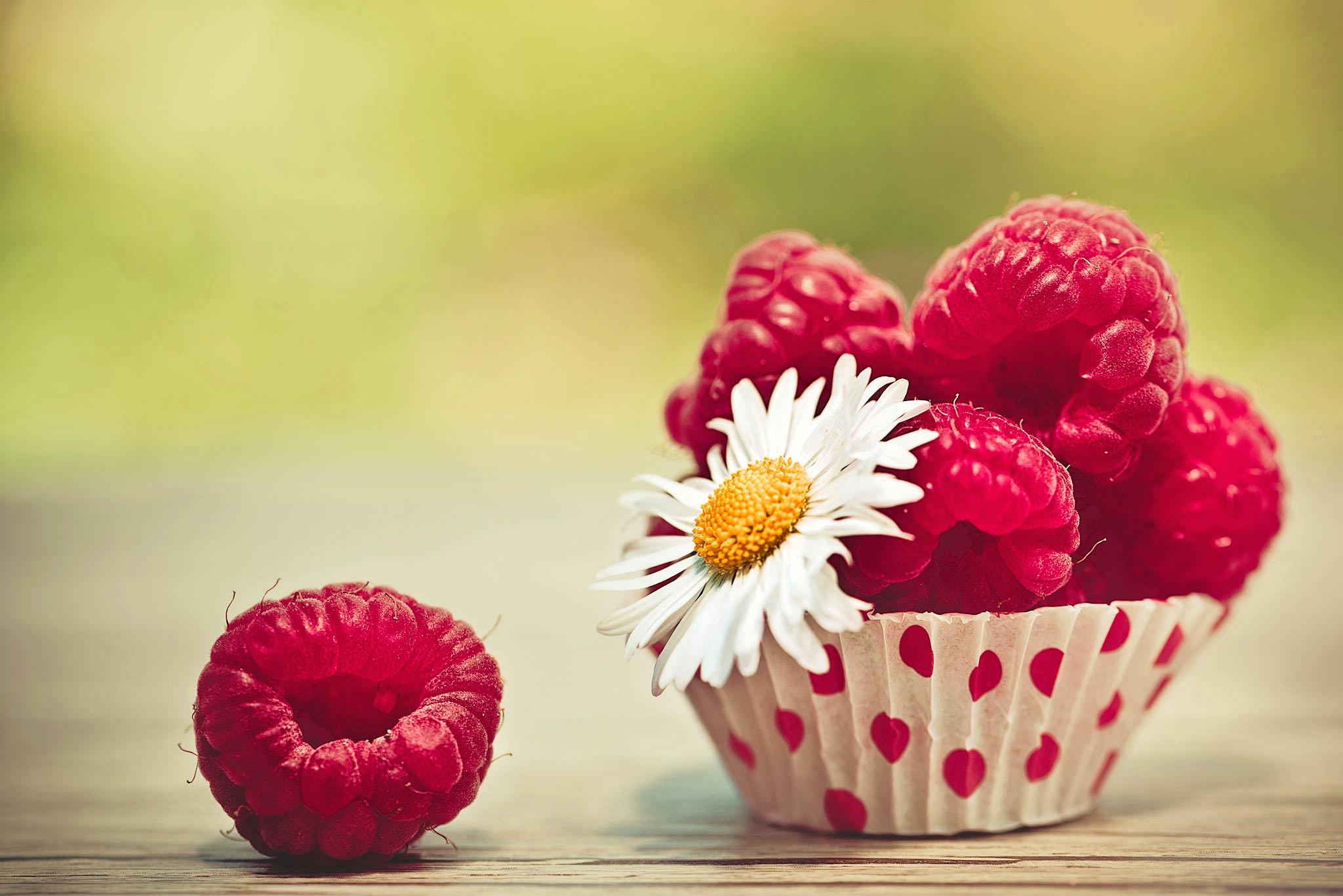 Картинка на рабочий стол цветы и фрукты