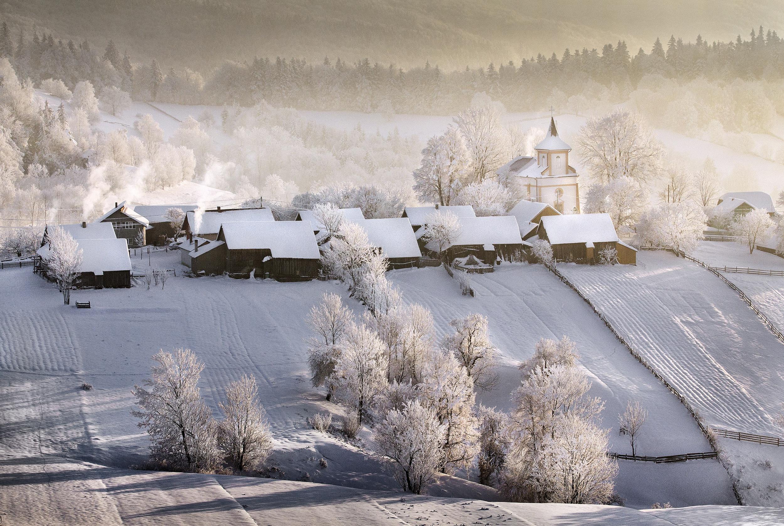 Обои на рабочий стол деревня зимой