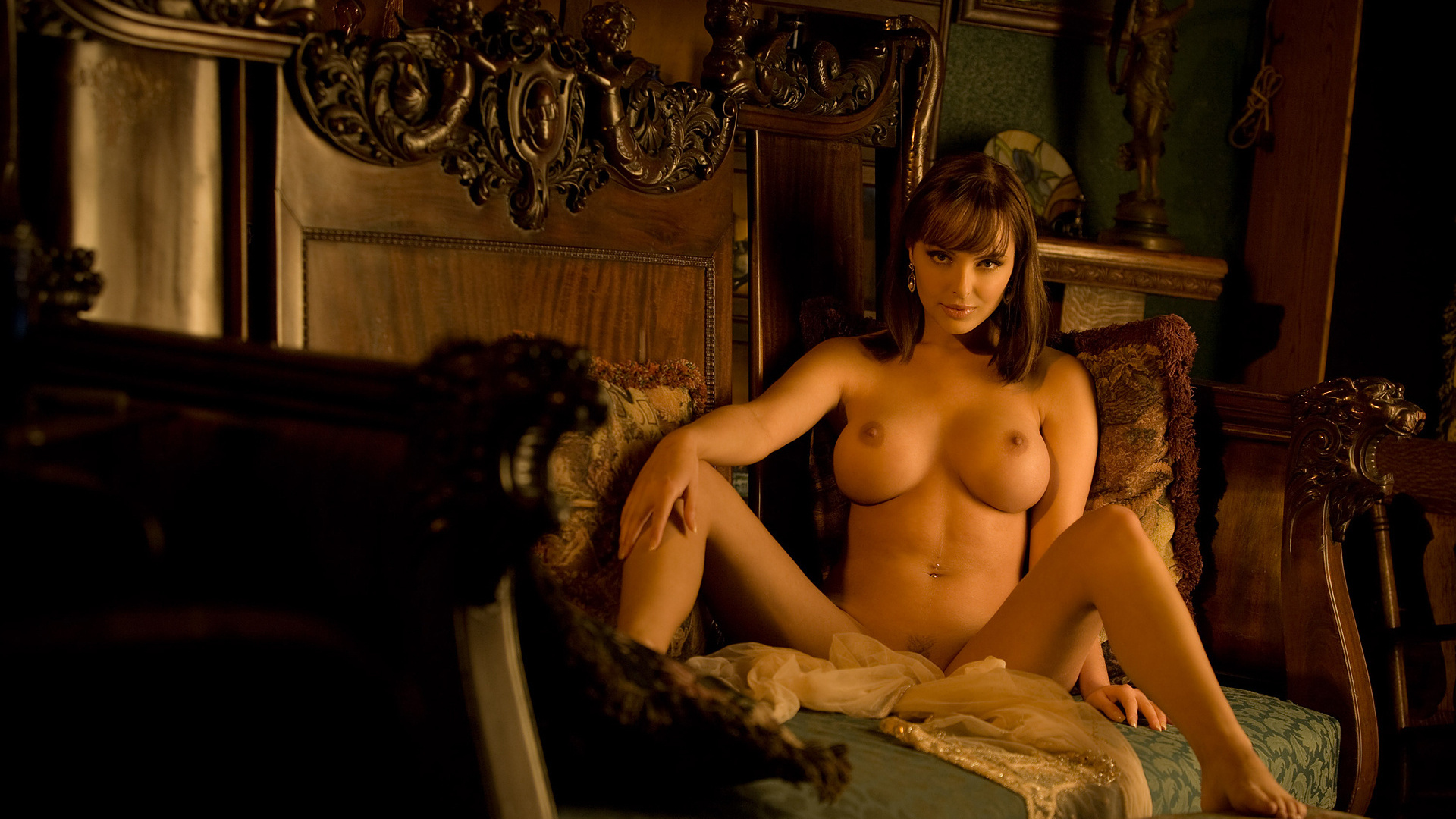 Элитные женщины эротика фильмы, прозрачные платья фото видео сиськи
