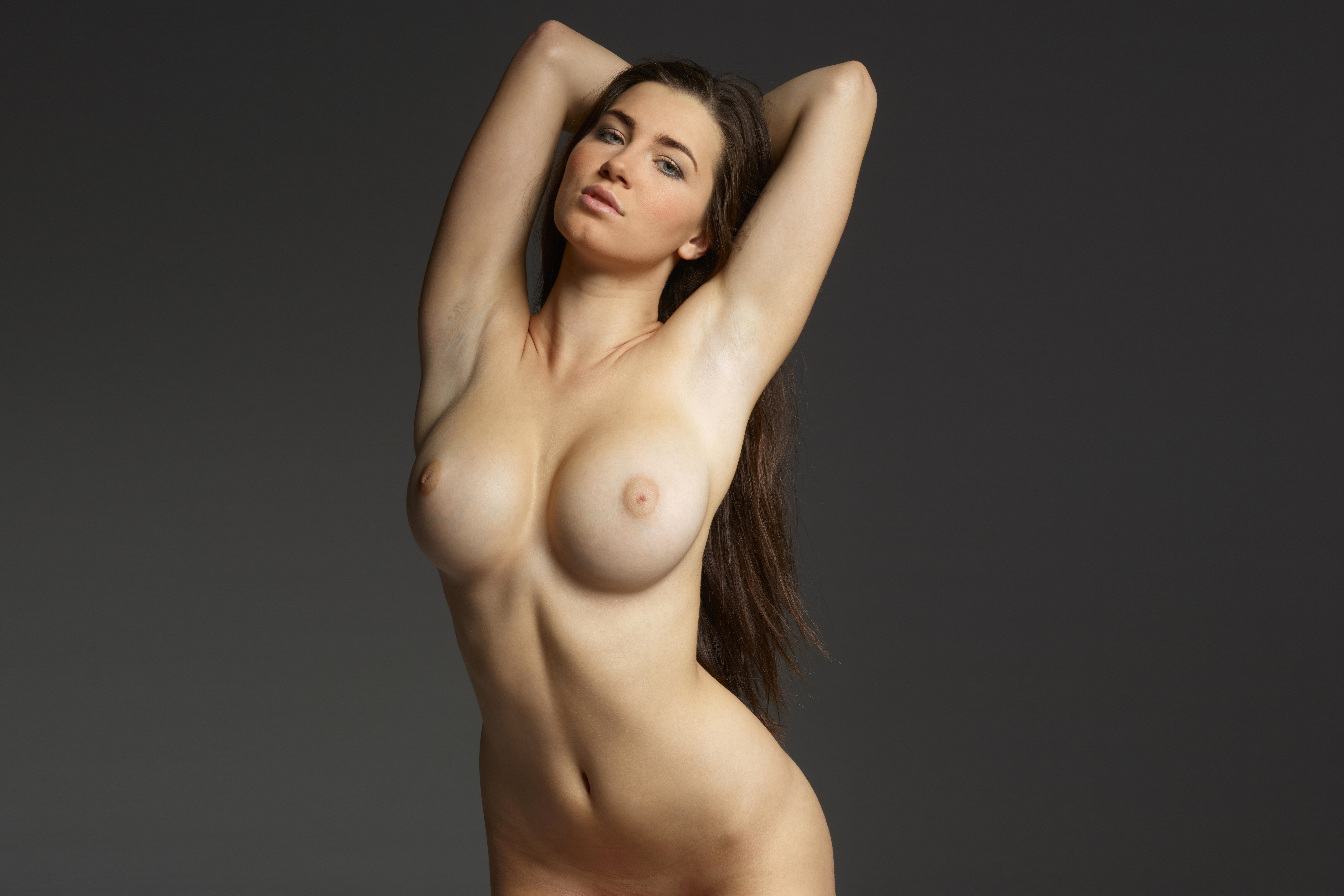 high-resolution-pictures-of-naked-women
