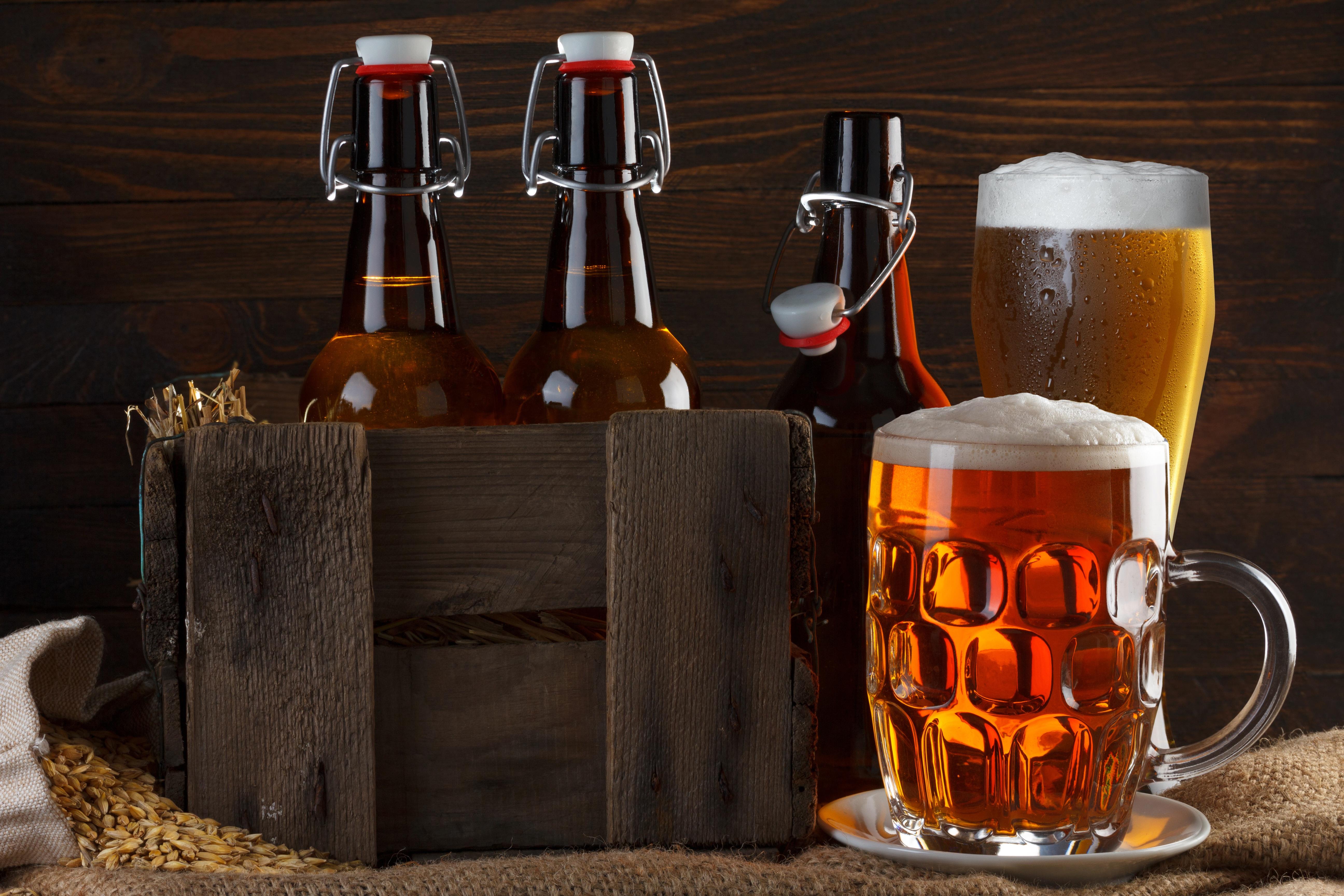 скопировать вставить картинки пиво на рабочий стол перьями создает объем