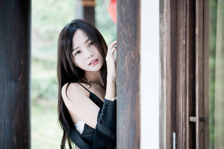 Самые красивые азиатские девушки мира пукнула когда кончала