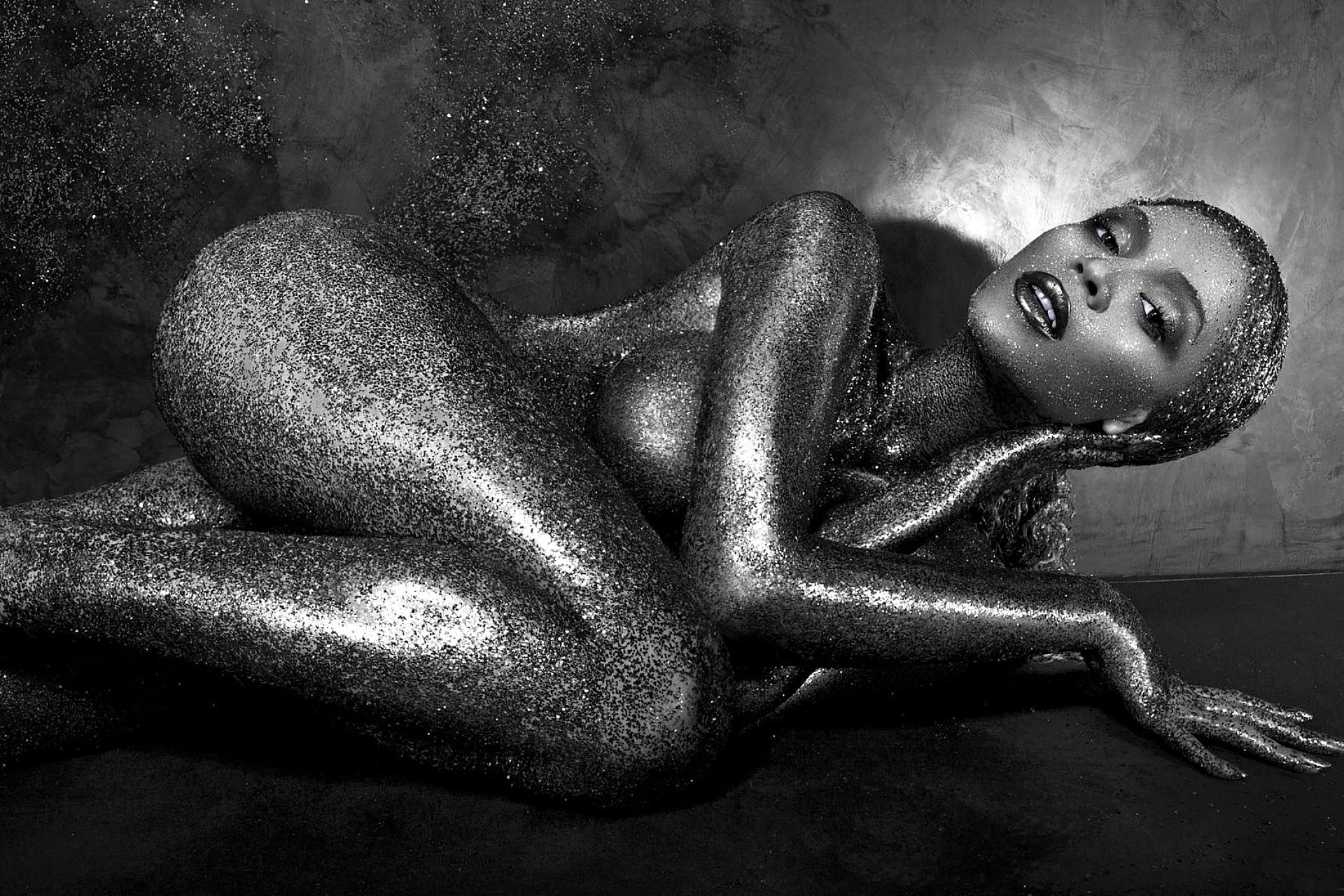 фото бисексуальных голые черные мамбы порно