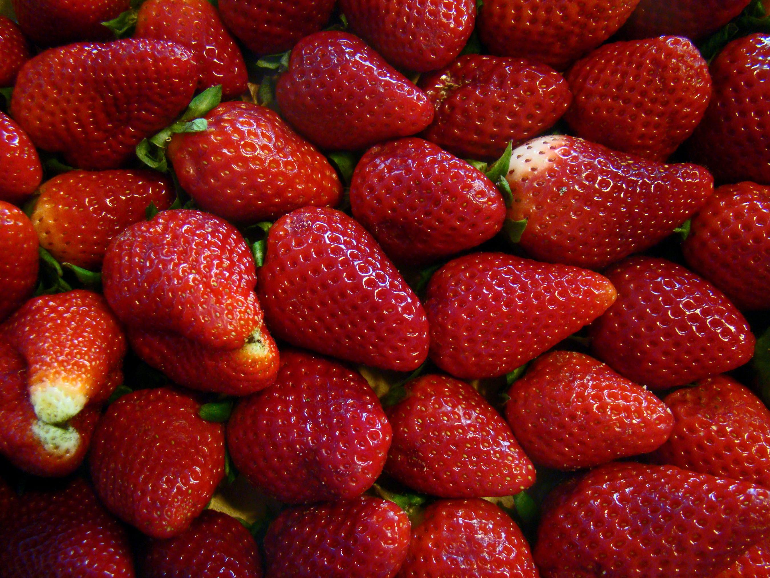 Картинки с ягодой клубничкой
