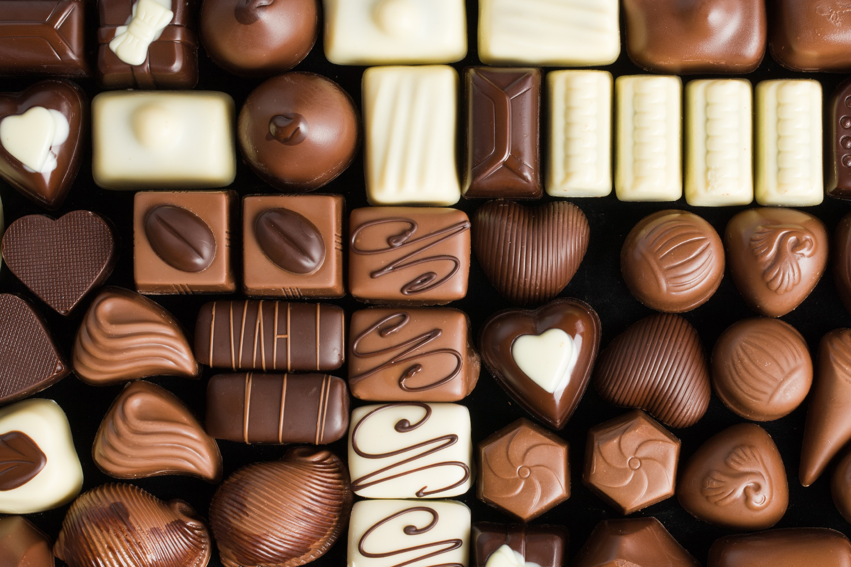 Красивые картинки на черном фоне конфеты