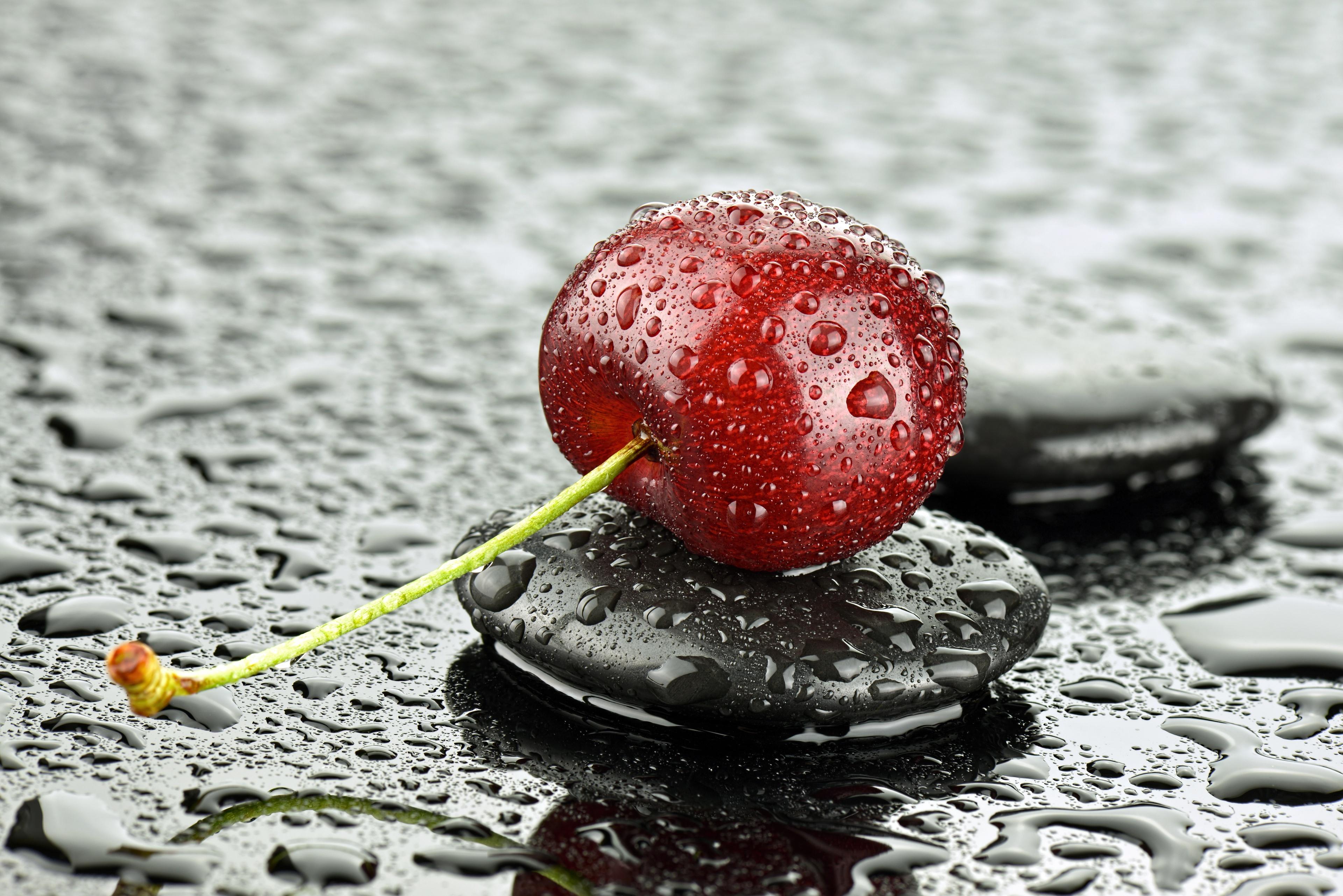 факт устанавливается картинки вишня в брызгах воды обрезаных