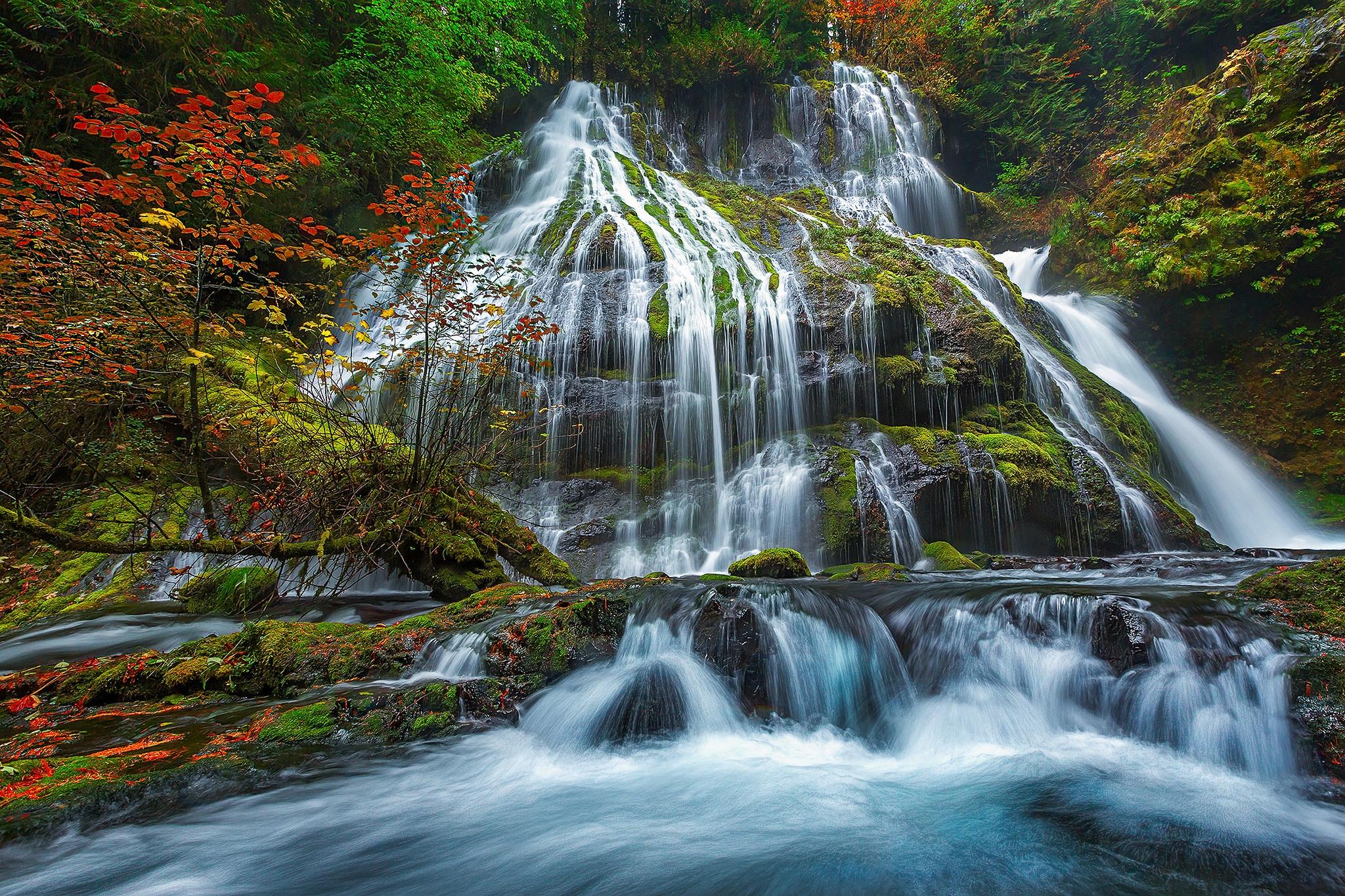 самом классные картинки водопад летом ежедневную