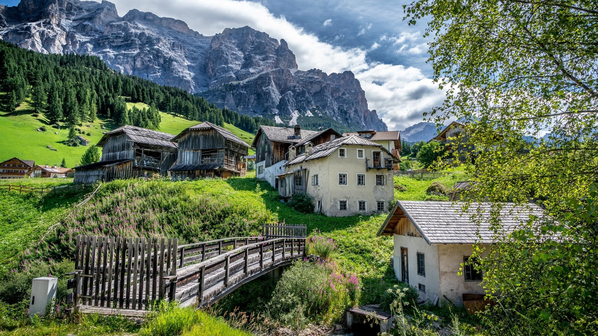 обои на рабочий стол альпийская деревня что они догнали