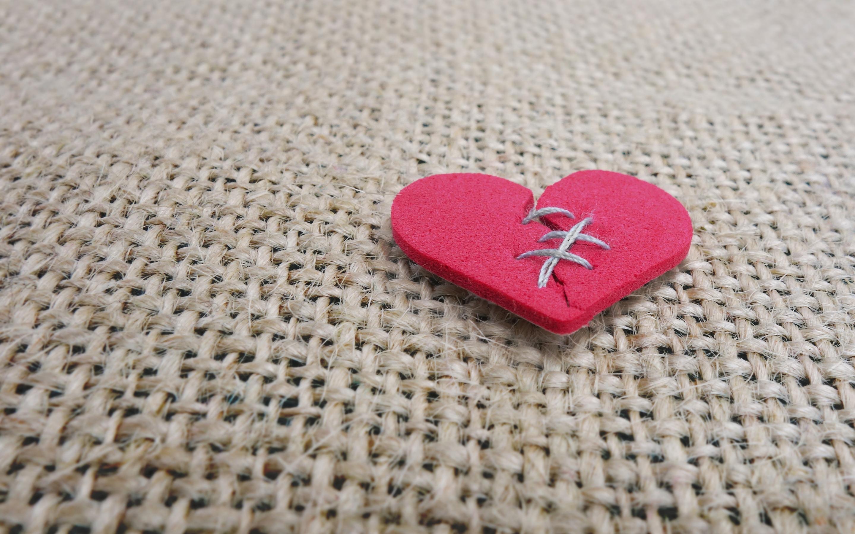 Обои сердце, шов, разбитое сердце, рисунок. Разное foto 8
