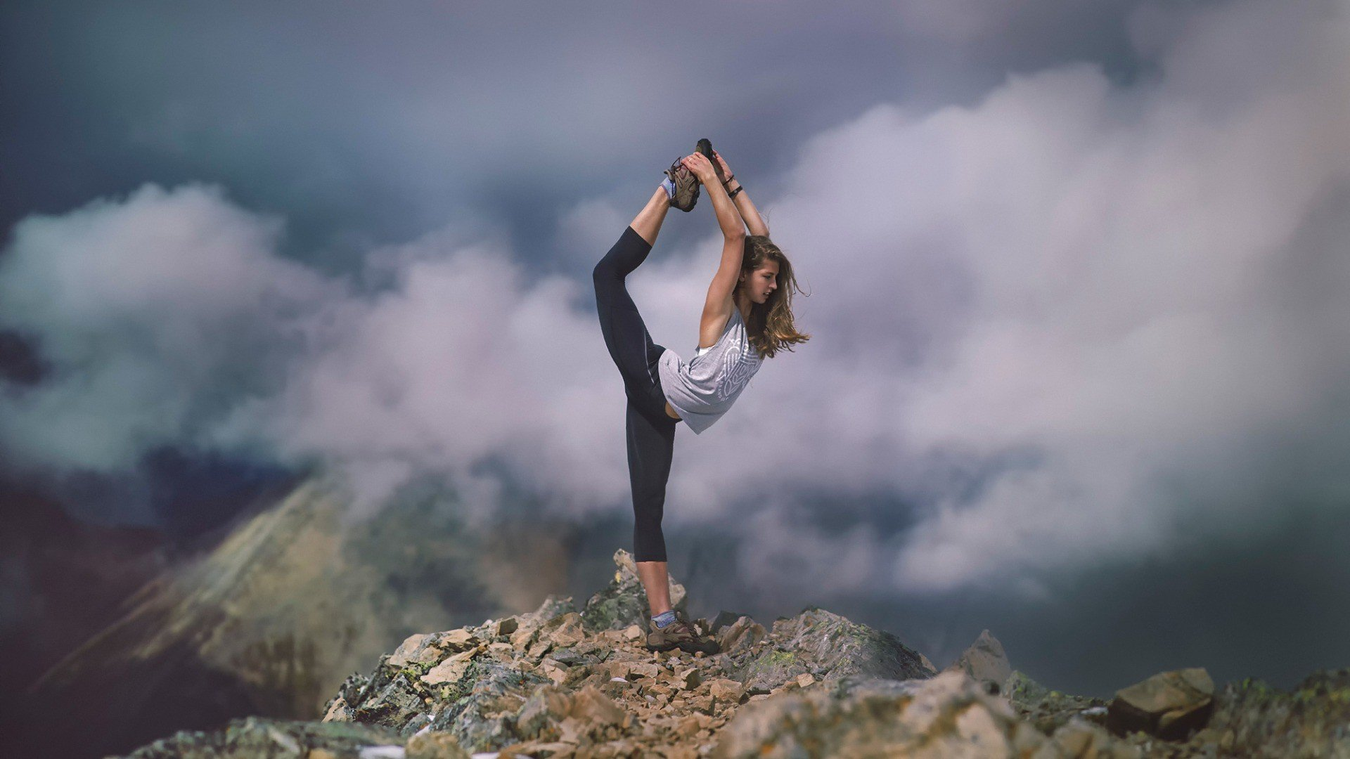 Yoga Wallpapers Pictures And Photos