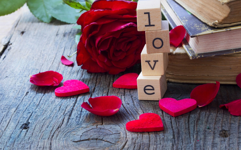 Картинки лепестками любви