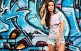 девушка, взгляд, стена, модель, волосы, лицо, граффити, шорты