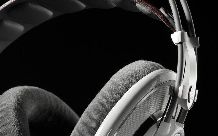 белые наушники, akg, white headphones