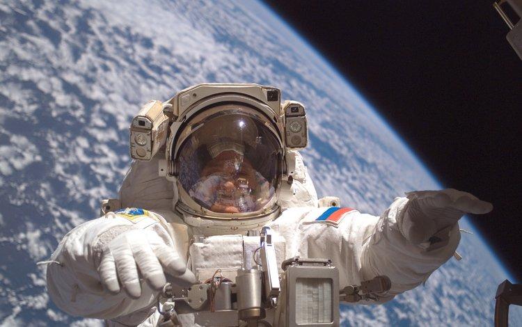 космонавт, открытый космос, на орбите, земля с космоса, astronaut, open space, in orbit, earth from space