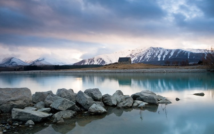 озеро, горы, камни, домик, lake, mountains, stones, house