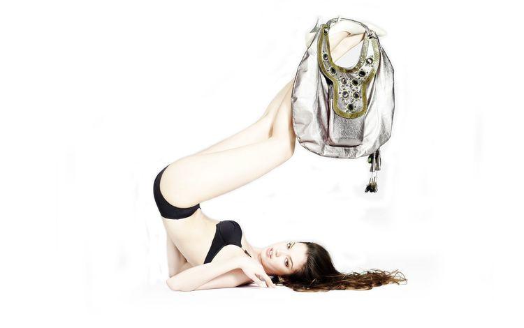 девушка, поза, взгляд, модель, лицо, фигура, сумка, girl, pose, look, model, face, figure, bag