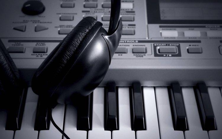 синтезатор, чёрно-белое, наушники, synth, black and white, headphones