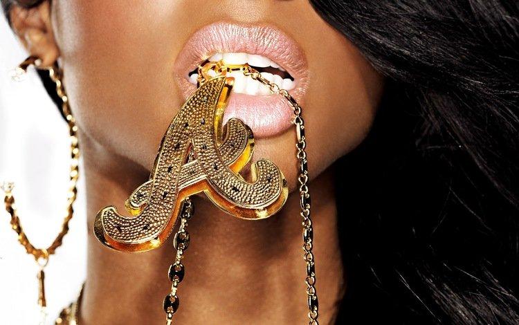 губы, золото, украшение, сёрьги, подвестка, lips, gold, decoration, earrings, podvelka