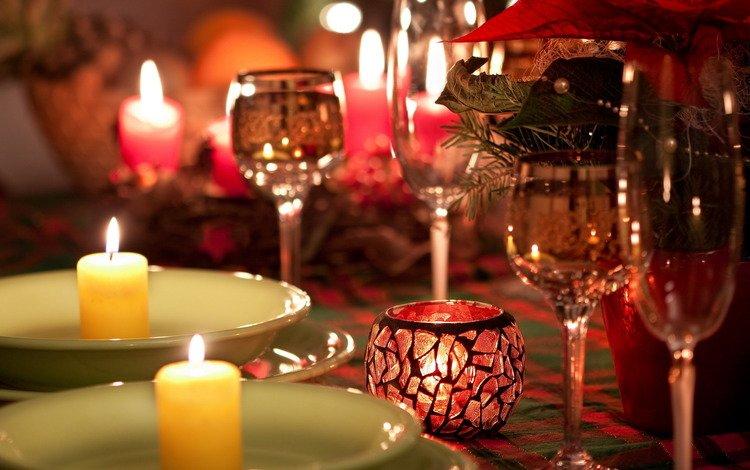 свечи, огонь, стол, романтика, тарелки, бокалы, candles, fire, table, romance, plates, glasses