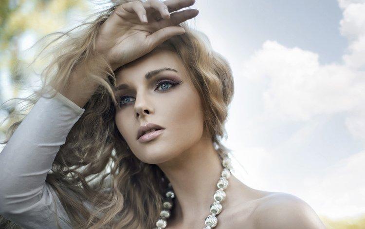блондинка, красавица, бусы, blonde, beauty, beads