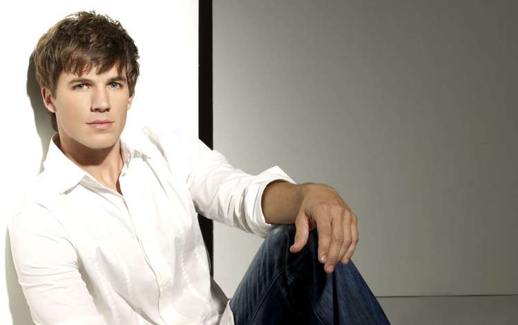 look, actor, face, male, lanter, matt, matt lanter