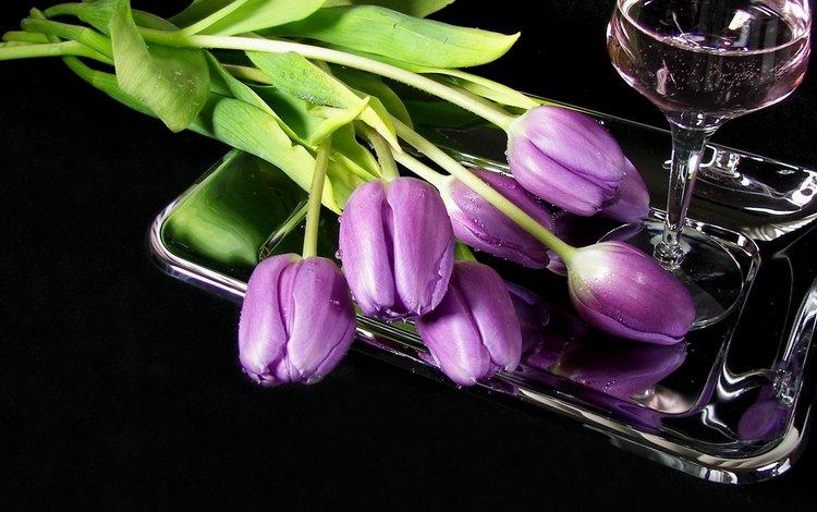 цветы, бокал, тюльпаны, вино, поднос, сиреневые, flowers, glass, tulips, wine, tray, lilac